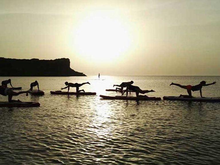 SUP Yoga Sardinien